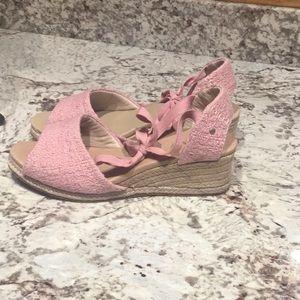 Ugg Delmar pink espadrilles